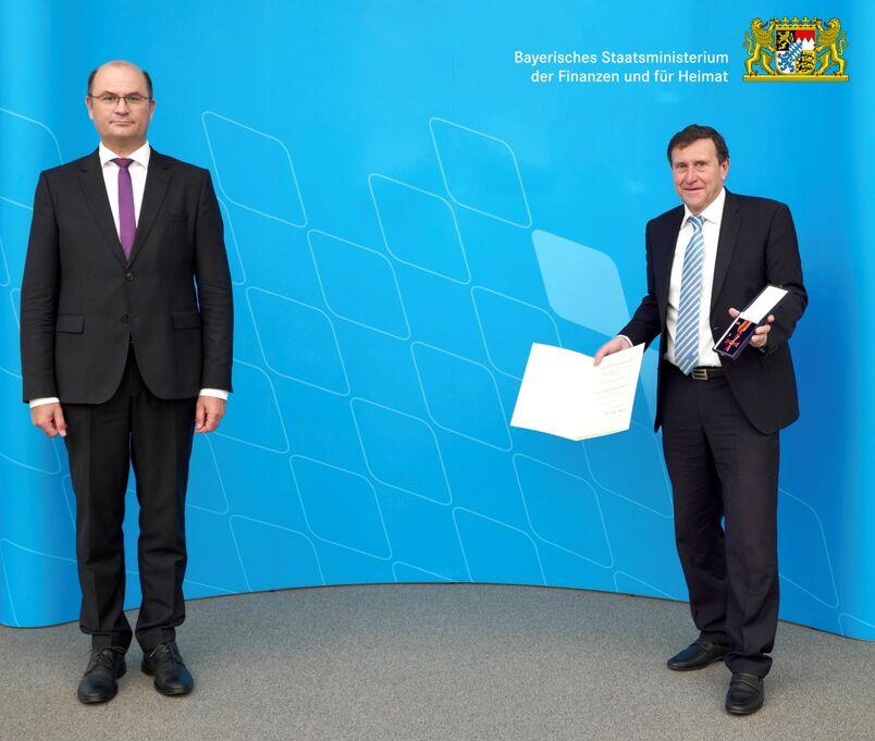 Bundesverdienstkreuz für DKV-Präsident Wolfgang Weigert